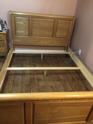 BED ROOM SET for Sale in Chula Vista, CA