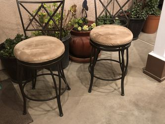 Breakfast Bar Stools , Perfect Condition for Sale in Fresno,  CA
