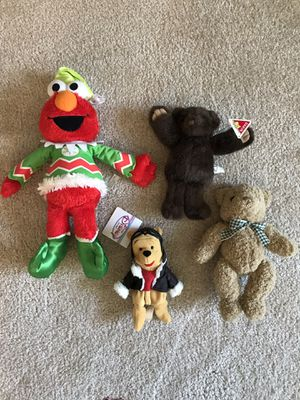 Lot of 4 Stuffed Animals - Singing Shaking Christmas Elmo and More for Sale in Sarasota, FL