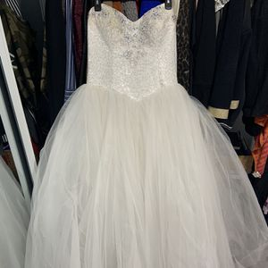 Wedding Dress for Sale in Naperville, IL