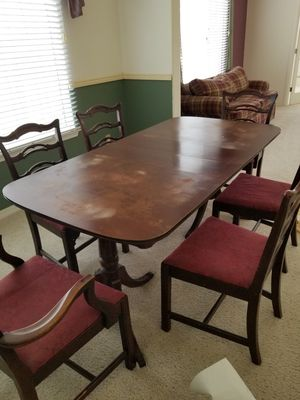 Antique Dinning Room Table and Chairs for Sale in Santa Maria, CA