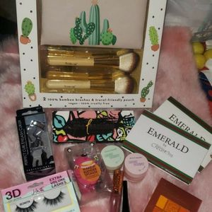 Makeup Bundle for Sale in Los Angeles, CA