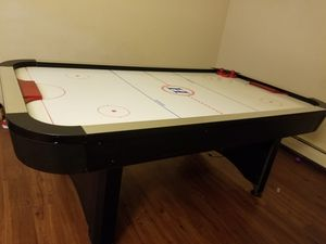 Hardly ever used air bunter air hockey table for Sale in Richmond, CA