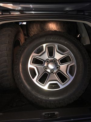 Jeep Wrangler wheels and tires for Sale in March Air Reserve Base, CA
