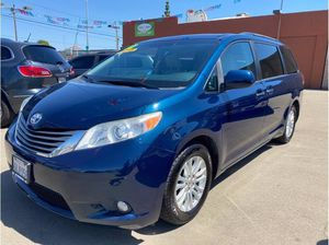 2012 Toyota Sienna for Sale in Fresno, CA