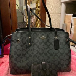 Coach Black Purse and Wallet Set for Sale in Colton, CA