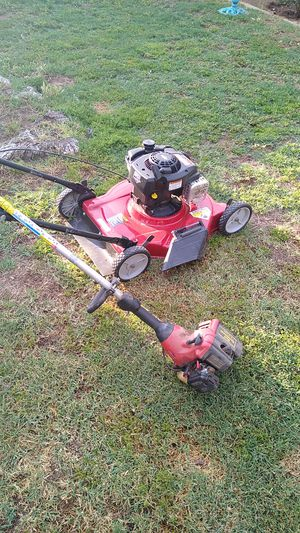 Lawn mower with weed eater for Sale in Fresno, CA