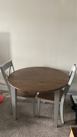 Cherrywood small breakfast table. Never been used for Sale in Lake Shore, MD