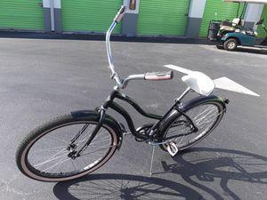 """26"""" black cranberry cruiser bike for Sale in Miami, FL"""