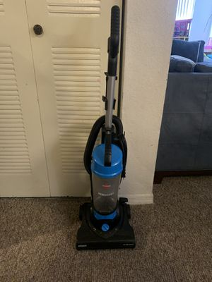 Bissell aeroswift vacuum for Sale in Oakland, FL