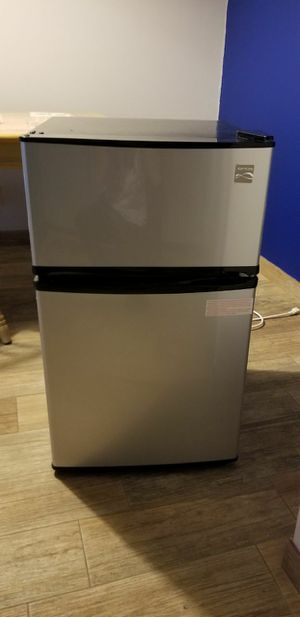 New Kenmore Mini Fridge/Freezer for Sale in Pompano Beach, FL