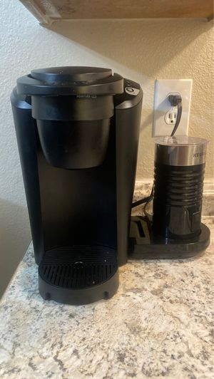 Keurig/cappuccino maker for Sale in Fresno, CA