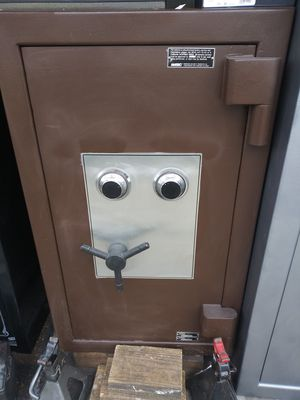 TL30 Amsec high security safe for Sale in Tacoma, WA