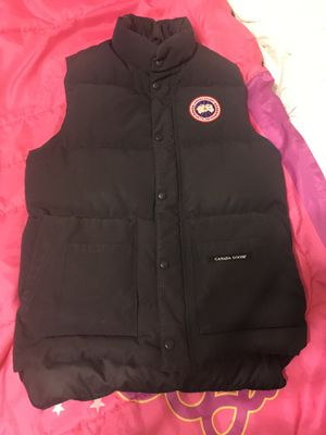 Canada goose size xs for Sale in Brooklyn, NY