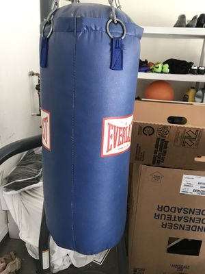 Everlast punching bag for Sale in Nashville, TN