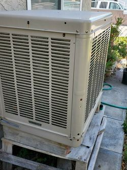 Champion Swamp Cooler. Works Good. We Change Motor To 1/2 HP Motor 2 Years Ago. Serious Buyers Only YES ITS IS Out Of The Wall. for Sale in Colton,  CA