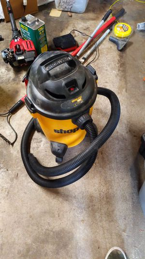 6 gal shop vac for Sale in Puyallup, WA