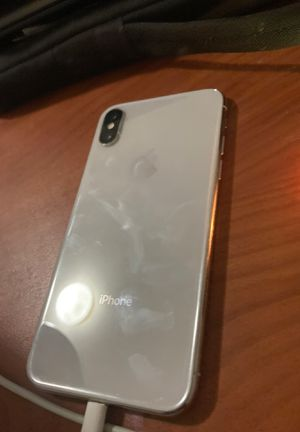 iPhone X cracked screen for Sale in Sacramento, CA