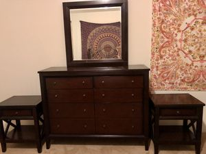 Dresser with mirror and 2 night stands! for Sale in Windermere, FL