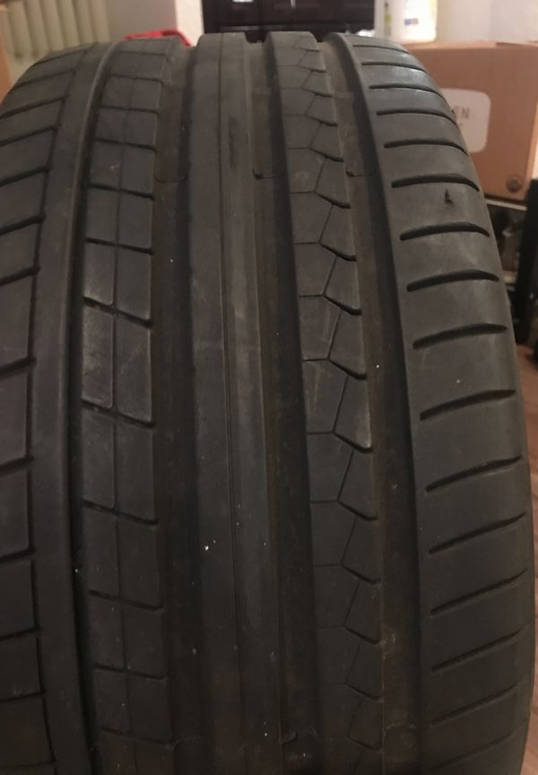 255/35/19 Dunlap tire 5000 miles used