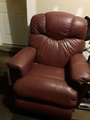 couch and recliner for Sale in La Vergne, TN