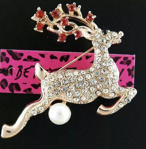 Betsey Johnson reindeer brooch 🦌 $10 $10 for Sale in Las Vegas, NV