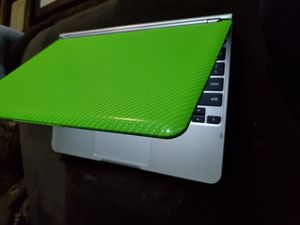 LIME GREEN SAMSUNG CHROMEBOOK for Sale in Winton, CA