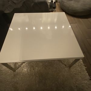 Coffee Table for Sale in Northbrook, IL