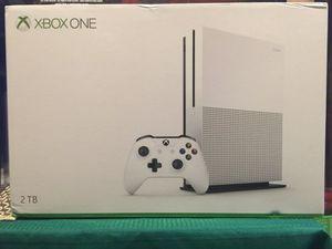 Xbox one s 2TB console - lunch edition for Sale in Miami, FL