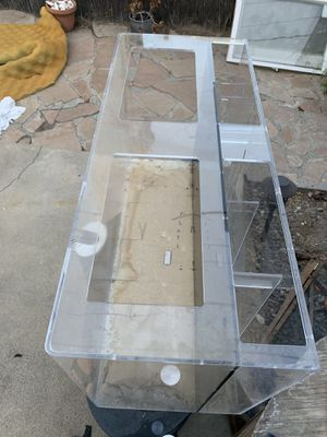 50 gallon acrylic all in one fish tank aquarium. Sump built in back. Crystal clear for Sale in Fullerton, CA
