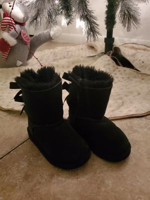 Girls uggs boots for Sale in Pembroke Pines, FL