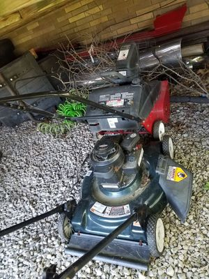 Lawn mower and snow blower for Sale in Parma, OH