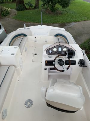 2007 Hurricane Fundeck 198REF in GREAT CONDITION for Sale in Orlando, FL