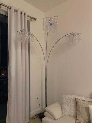 Chandelier living room floor lamp for Sale in Miami, FL