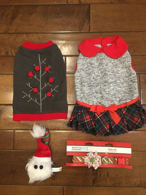 NWT- size M dog pet Christmas apparel fashion SET - collar with bow , plaid sweater dress, sweater and toy for Sale in Tustin, CA