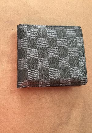 Louis Vuitton Paris wallet for Sale in West Palm Beach, FL