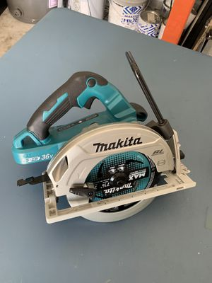 Makita 36V Blade right sidewinder saw for Sale in Lutz, FL