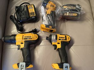 DeWalt drills and flash light for Sale in Keller, TX