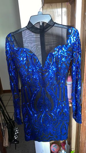 sparkly blue dress from a boutique never worn !!!! for Sale in Maple Heights, OH