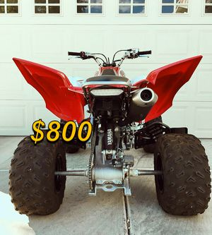 URGENT$800 For sale 2008 Yamaha Raptor Clean tittle Runs and drives great.,no issues! clean title Very clean. for Sale in Fresno, CA