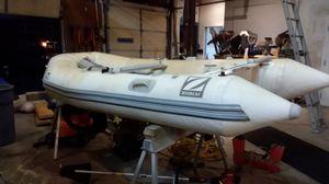 Zodiac raft with Mercury outboard motor for Sale in Pleasant Ridge, MI