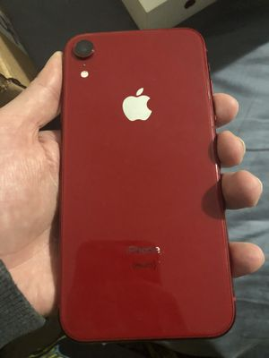 iPhone XR 128gb unlocked bundle for Sale in Tacoma, WA