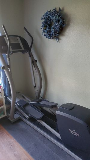 NordicTrack CX 1055 elliptical machine for Sale in Brooksville, FL