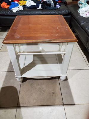 Beautiful Brown Top, Cream Bottom Farmhouse Style Table for Sale in Spring Valley, CA