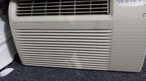 GE Air Conditioner 12000 BTU for Sale in Newark, NJ