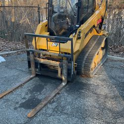2017 Cat 257D for Sale in Port Chester,  NY
