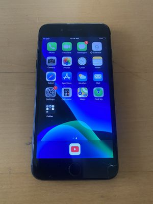 iPhone 7 Plus for Sale in Victorville, CA