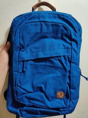 Fjallraven Raven 28L Tech Backpack (Deep Blue) for Sale in El Monte, CA