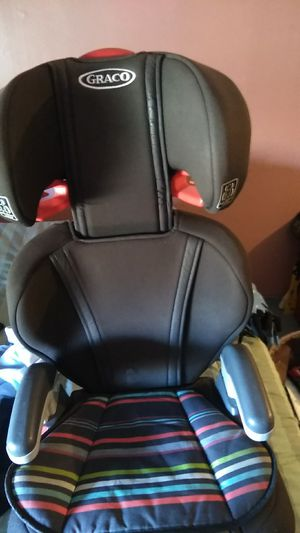 Graco brand booster seat for toddlers unisex color for Sale in Tulsa, OK