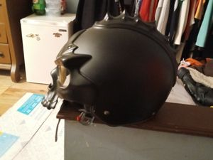 Skull helmet very cool for Sale in Painesville, OH
